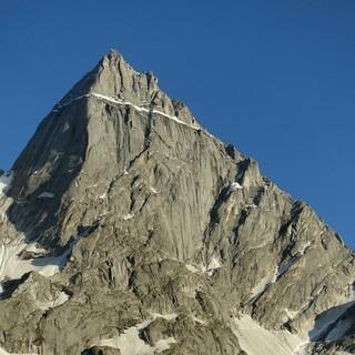Höhenangst tritt nicht nur auf hohen Bergen auf, manchen ist schon ein Balkon zu hoch. Foto: DAV/Expedkader