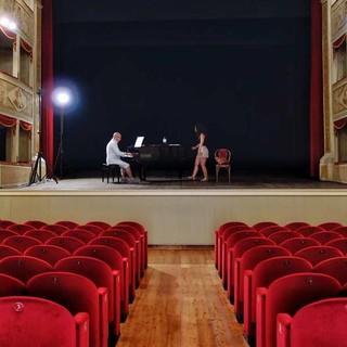 "Probe im ""Teatro de la Sena"" in Feltre&#x3B; im Nachbau des venezianischen Opernhauses ""La Fenice"" spielte schon Carlo Goldoni. Foto: Joachim Chwaszcza"