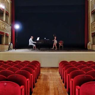 "Probe im ""Teatro de la Sena"" in Feltre; im Nachbau des venezianischen Opernhauses ""La Fenice"" spielte schon Carlo Goldoni. Foto: Joachim Chwaszcza"