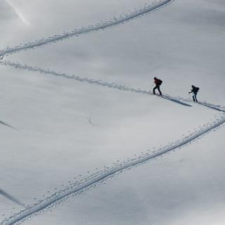 Skitour im Einklang mit der Natur. Foto: DAV/Terragraphy