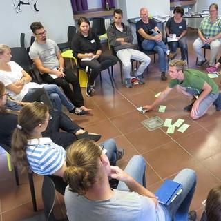 Gemeinsame Methodenerarbeitung im Forum Jugendvollversammlung, Foto: JDAV/Hanna Glaeser