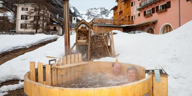 Jacuzzi vom Gasthaus Mayor in S-charl - Val Müstair, Unterengadiner Dolomiten