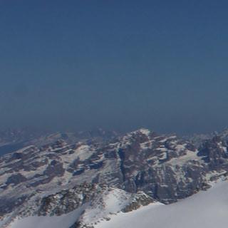 Die Gletscher der Adamello Gruppe sind derzeit gut eingeschneit (Foto Pröttel)
