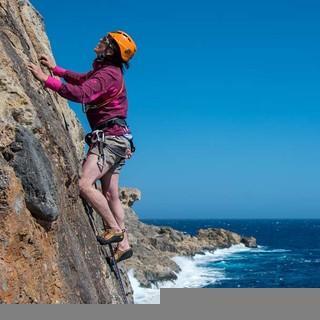Klettermekka Kreta: Bombenfester Fels direkt am Meer, Foto: Stefan Heiligensetzer