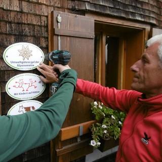 Freiburger Hütte Umweltgütesiegel Verleihung