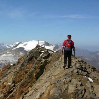 Schareck - Erlebnis Hohe Tauern: Wer das nahe Sommerskigebiet ausblendet, kann auf dem Schareck alpine Gipfelgefühle erleben.