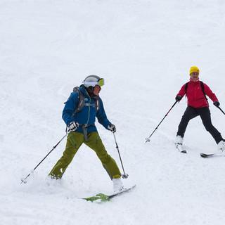 Verena Bentele und Tom Listle bei der Anfahrt © DAV/Marco Kost