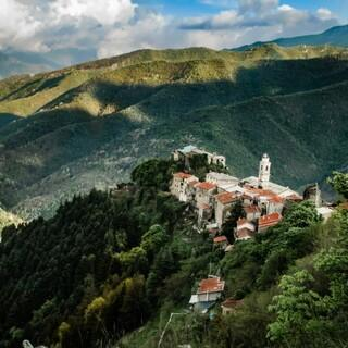 Triora in den Ligurischen Alpen - Foto: Gianni Nicosia