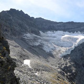 Gletscherpanorama - Ganz rechts erinnert ein kleines Firnfeld an die Nordwand der Hohen Riffl.
