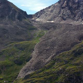 Der Blockgletscher im Hochebenkar (Ötztal) ist klarer Anzeiger für Permafrostvorkommen. (Foto: T. Hipp)
