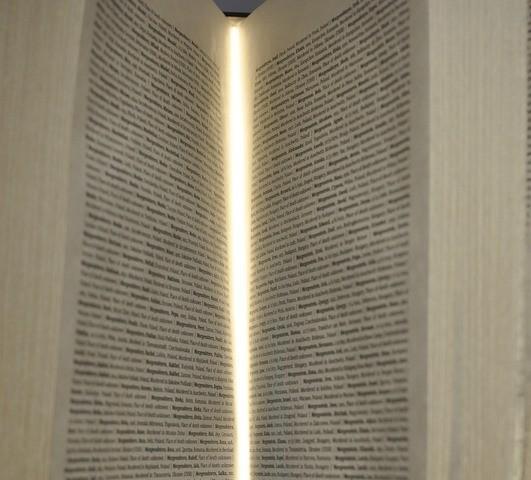 Jüdische Ausstellung: Blick ins Buch der Namen; (c) Jonas Freihart