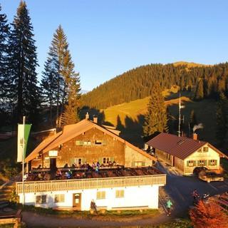 Die Lenggrieser Hütte, Foto: Familie Durach