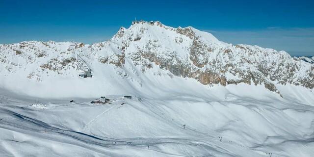 Deutschlands schneesicherstes Skigebiet auf dem Zugspitzplatt, Foto: Jörg Bodenbender