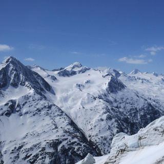Rofenkarferner - Gletscher-Skifahren für Fortgeschrittene. Der Rofenkarferner ist ein Geheimtipp an der Wildspitze.