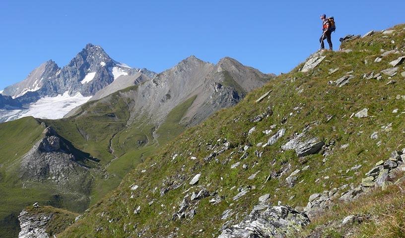 Großglockner auf dem Weg zur Glorer Hütte - Beim Weg zur Glorerhütte zeigt der Großglockner seine felsige Südseite.