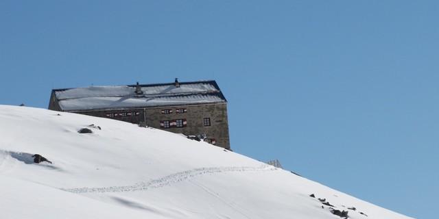 Die Neue Prager Hütte hat im Winter vom 18.03.2018-23.04.2018 geöffnet, Foto: Wilfried Studer