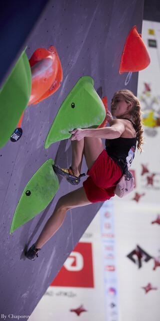 Hannah Meul zieht alle Boulder onsight! Foto: Stepan Chaporov